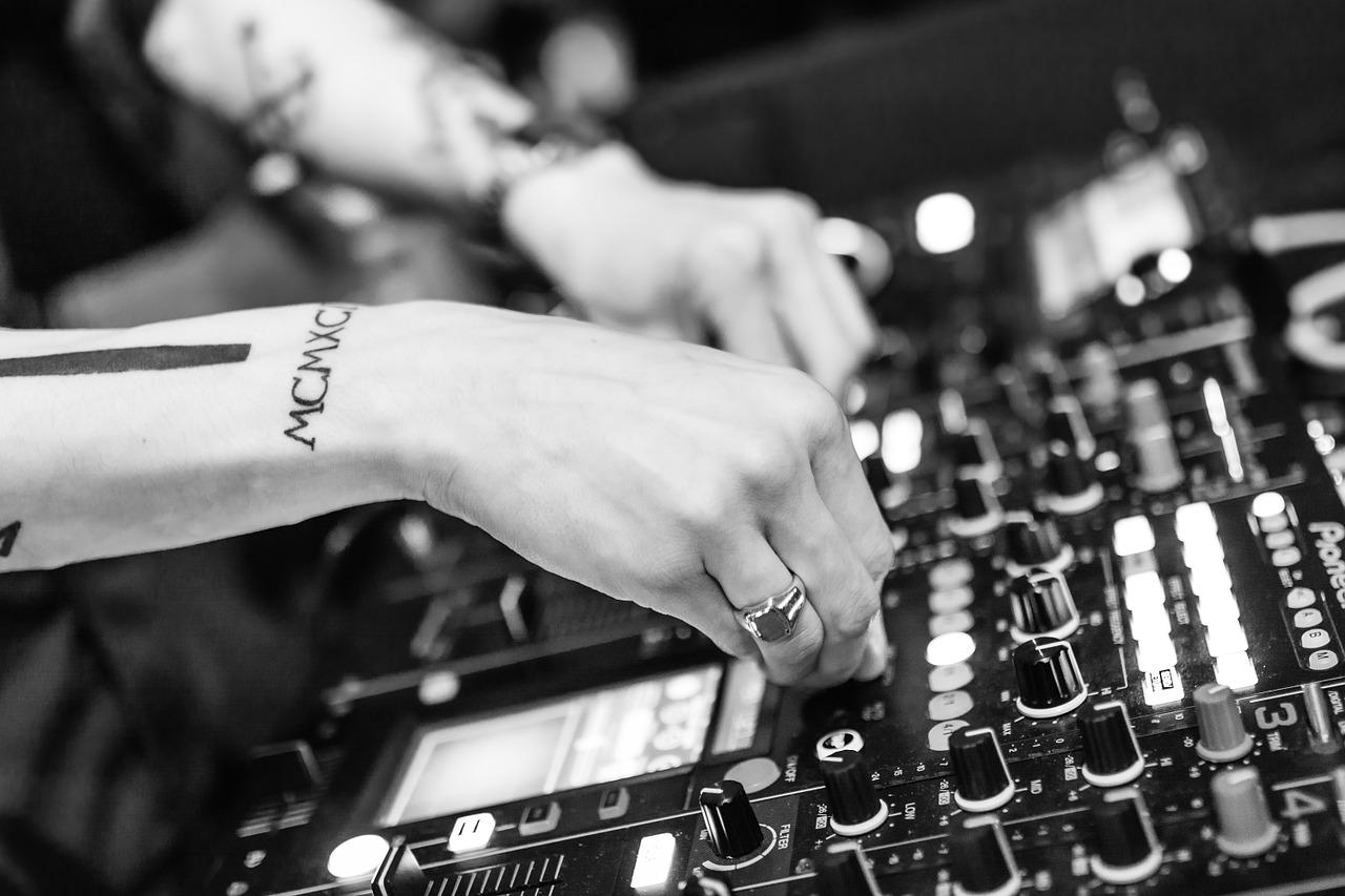 Hoe word je DJ?